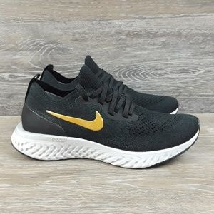 Nike Womens Epic React Flyknit Shoes size 6.5